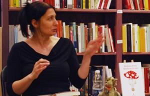 Qualcosa di vero, tra ironia e sentimento – Intervista a Barbara Fiorio